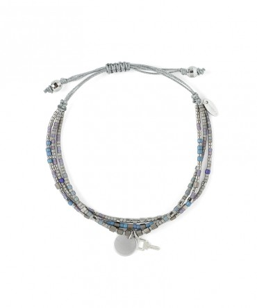 MICA 3 STRANDS BRACELET WITH SILVER&BLUE BEADS AND KEY&MEDALLION SILVER CHARM