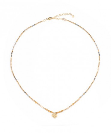 MICA GOLD NECKLACE WITH CLOVER CHARM